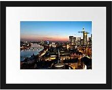 Gerahmtes Poster Frankfurt Skyline East Urban Home