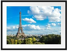 Gerahmtes Poster Riesiger Eiffelturm in Paris East