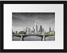 Gerahmtes Poster Skyline von Frankfurt am Main