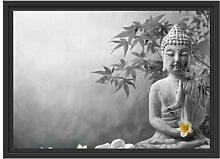 Gerahmtes Wandbild Buddha mit Monoi Blüte in der