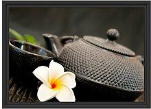 Gerahmtes Wandbild Teekanne mit Kräutern