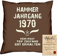 Geschenkidee 48. Geburtstag :-: Kissen Sofakissen Jahreszahl Aufdruck Hammer Jahrgang 1970 :-: Größe: 40x40cm & Geburtstags-Urkunde Farbe: braun