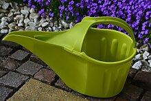 Gießkanne- moderne praktische Gießkanne aus sehr stabilem Kunststoff , langem Ausgießer und Tragegriff, 3,5 Lier in grün für Haus und Garten