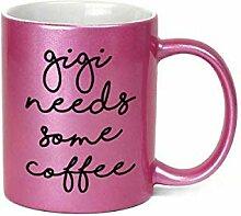 Gigi Needs Some Coffee Kaffeebecher, 325 ml,