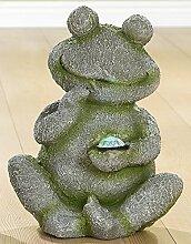 GILDE Dekofigur, Gartenfigur Frosch mit LED aus Magnesi, sitzend, grau/grün Steinoptik, 23x28x36 cm