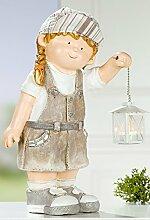 GILDE Gartenfigur Dekofigur Gartendeko Grete mit Laterne und Textilmütze, 47,5 cm