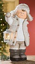GILDE Winterkind Junge stehend mit Laterne, 42 cm