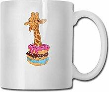 Giraffe sitzen in Dobuts Mode Kaffeetasse