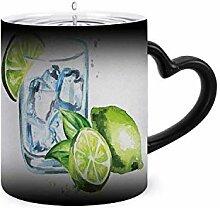 Glas aus Gin Tonic mit Ice Cubes und Feile. Magic