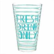 Glas mit blauen Mustern