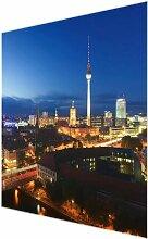Glasbild Berliner Fernsehturm bei Nacht East Urban