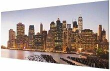 Glasbild Skyline von Manhattan East Urban Home