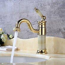 Goldene Jade Wasserhahn unter Theke Becken heißen