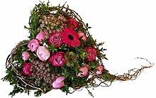 Grabgesteck mit frischen Blumen -Trauriges Herz-