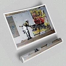 Grafikdruck Tapete über Graffiti East Urban Home