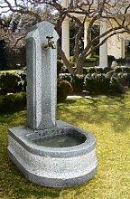Granitbrunnen 'Laxenburg'