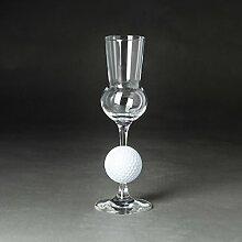 Grappaglas mit einem Golfball