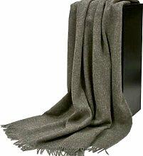 Graue Wolldecke aus 100% naturbelassener skandinavischer Schurwolle, ca 200x130cm mit Fransen, 860g