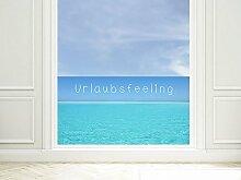 GRAZDesign 220014_110x57_GB_GS Sichtschutzfolie Bad | Fenster- Dusch-Folie/Farbig Spruch Urlaubsfeeling Meeresblick | Glasdekor für Privatsphäre (110x57cm//Glasdekor Set)