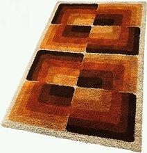 Großer Teppich mit abstraktem Würfeldesign von