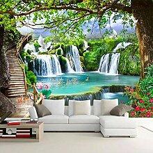Grüner großer Baum Wasserfall Natur Landschaft