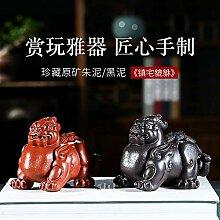 GuoQiang Zhou Violette Ton-Skulptur,