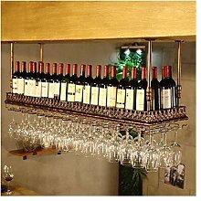 Hängende Weinglashalter im Industriestil