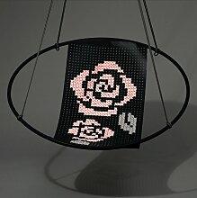 Hängestuhl mit Kreuzstichstickerei von Studio