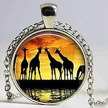 Halskette mit Giraffen-Anhänger, Safari-Schmuck,