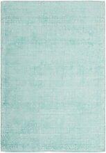 Handgefertigter Teppich Georgene in Mintgrün