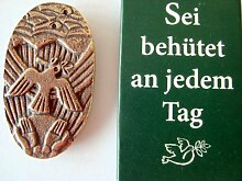 Handschmeichler Sei behütet, Bronze