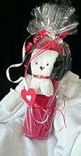 Handtuch-Geschenk-Figur aus eigener Anfertigung, Handtuch gerollt in rot plus kleiner Hund in weiß, in Klarsichtfolie als Geschenk verpackt, originelle Geschenkidee, hergestellt aus einem Handtuch 50x100 cm, plus einem Gästetuch 30x50 cm plus Waschlappen in 100% reiner Baumwolle