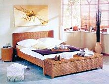 Hansen 3869/180 Rattan-Bett in Honig gebeizt