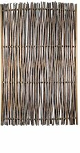 Haselnuss-Zaun als Sichtschutz im Garten im Maß 120 x 180 cm ( Breite x Höhe ) als Flechtzaun auf einen braun gebeizten Holz-Rahmen