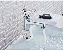 Hell verchromte Badarmatur Kaltwasser Wasserhahn