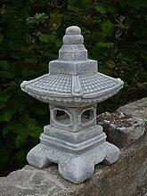 Herrliche Oki Gata japanische Steinlaterne aus Steinguss, frostfes