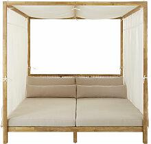 Himmelbett für den Außenbereich aus geflochtenem