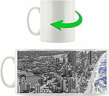 Hochhäuser Gold Coast Queensland schwarz/weiß , Motivtasse aus weißem Keramik 300ml, Tolle Geschenkidee zu jedem Anlass. Ihr neuer Lieblingsbecher für Kaffe, Tee und Heißgetränke.