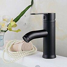 Hoher Badarmatur Warm- und Kaltwassermischer