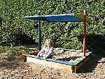 Holz Sandkasten Nadine 140x140 mit Sonnensegel 1/Stck  ,Länge:140cm ,Breite:140cm ,Höhe:13cm