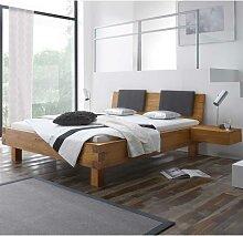 Holzbett aus Wildeiche Massivholz mit gepolstertem