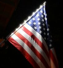 Homebrite Solar Night Flagge mit Pole
