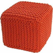 Homescapes Sitzhocker Sitzwürfel orange 35 x 35 x 35 cm, Sitzkissen Strick Pouf Fußhocker, grob gestrickter Bezug aus 100% Baumwolle, Füllung aus 100% Polystyrol