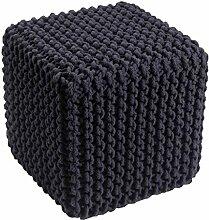 Homescapes Sitzhocker Sitzwürfel schwarz 35 x 35 x 35 cm, Sitzkissen Strick Pouf, grob gestrickter Bezug 100% Baumwolle, Füllung 100% Polystyrol