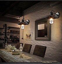 Im Amerikanischen Stil, Eisernen Mauer Lampe,