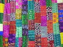 Indische Patchwork-Decke im klassischen