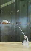 Industrielle Lampe von Charlotte Perriand für