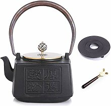 Japanische Teekanne aus Gusseisen mit Untersetzer