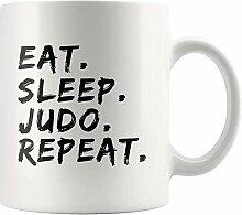 Judo Master Sensei Becher Essen Schlaf Judo