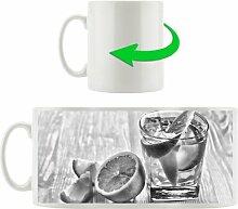 Kaffeebecher Gin Tonic Shot mit Zitronen